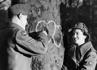 Treehuggers in love?